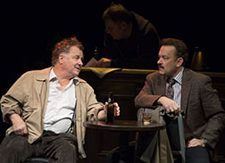 Peter Gerety as John Cotter, Tom Hanks as Mike McAlary, photo Joan Marcus.