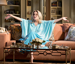 Bette Middler as Sue Mengers, photo Richard Termine.