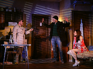 Michael Cyril Creighton, Dominic Fumusa and Jessica Hecht in play within a play, photo Joan Marcus.