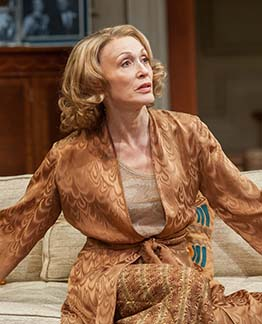 Jan Maxwell as Hester Ferris, photo Stephanie Berger.