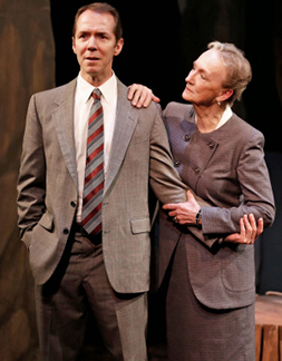 Paul Niebanck as John and Kathleen Chalfant as Irina, photo Carol Rosegg.