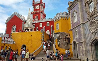 The kitchy Pena Palace.